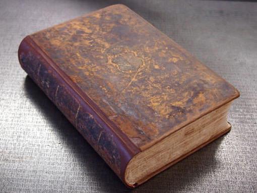 Bibel nach der Reparatur - Buchbinderei Papierhandwerk