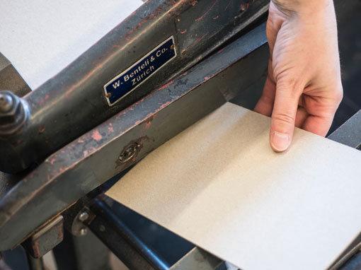 Kartonzuschnitt - Buchbinderei Papierhandwerk