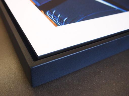 Bild aufgezogen und in Schattenfugenrahmen montiert - Einrahmungen Papierhandwerk